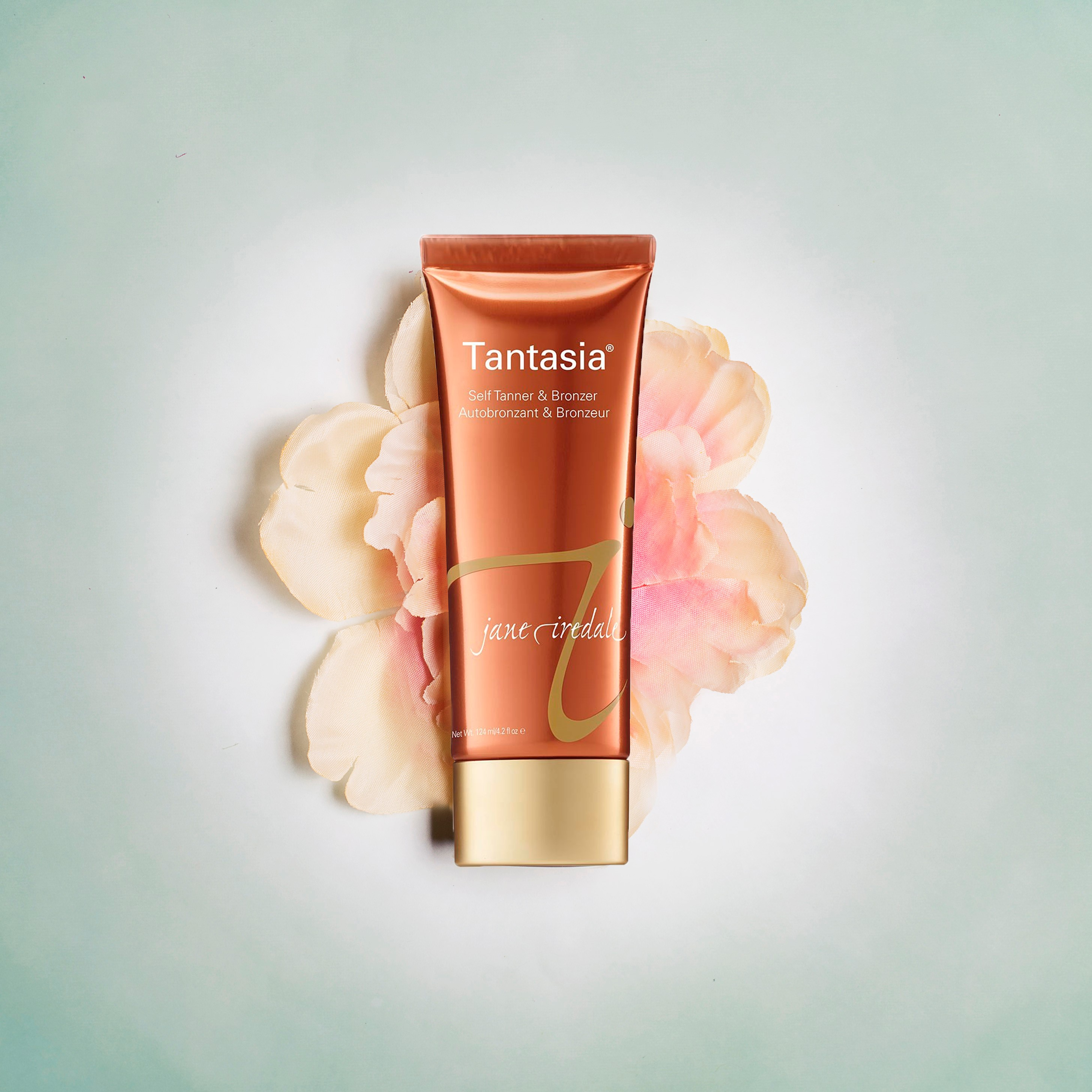 jane iredale Tantasia Self-Tanner & Bronzer